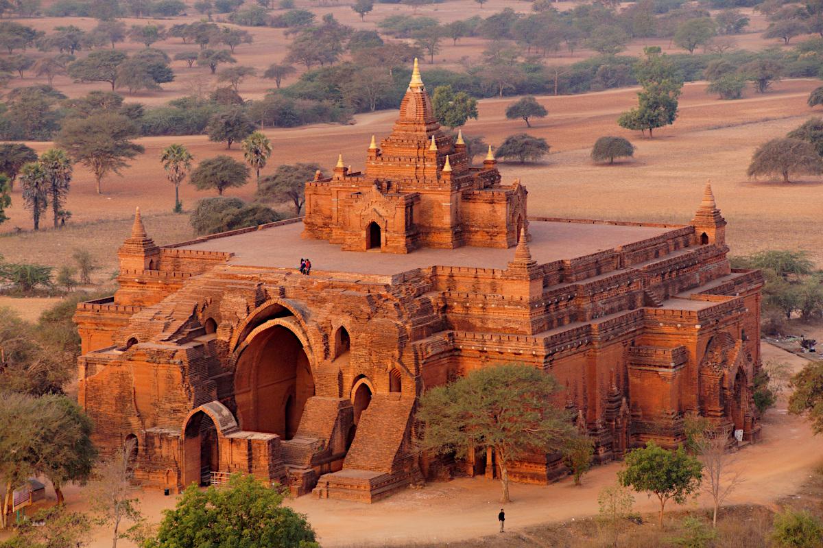 Pyathadar temple, Bagan