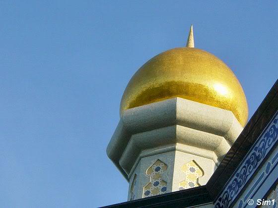 Jame' Asr Hassanil Bolkiah Mosque