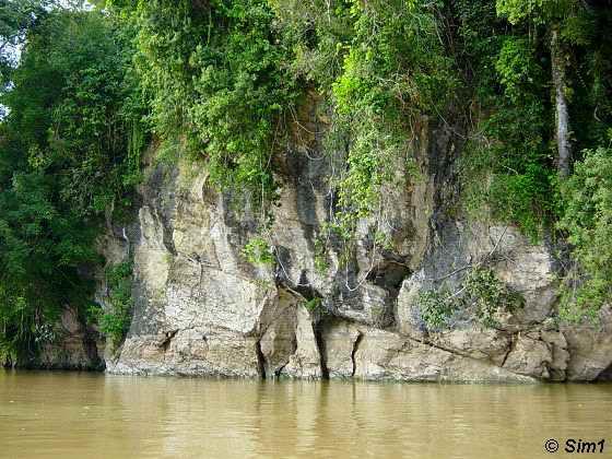 'Big Tumangon' Rock
