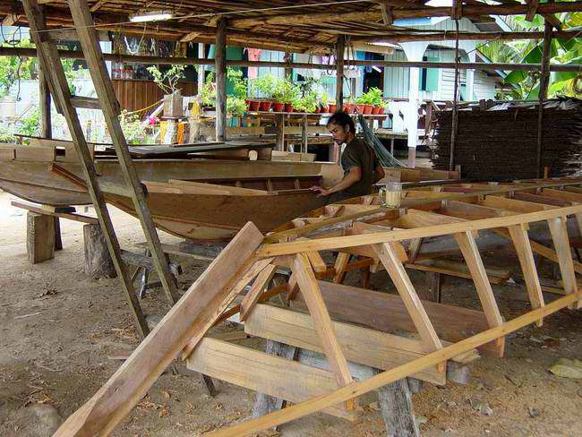 The boat builder at work
