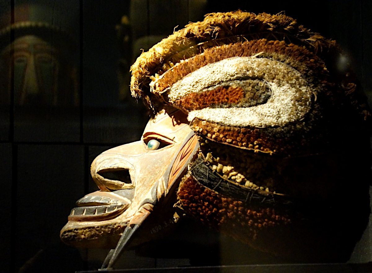 Tatanua mask