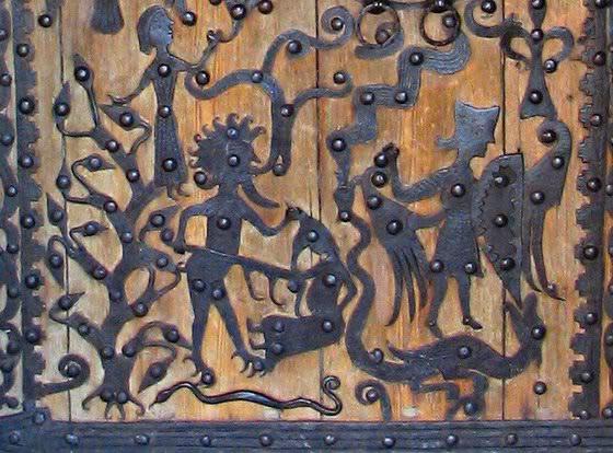 Roglösa church door
