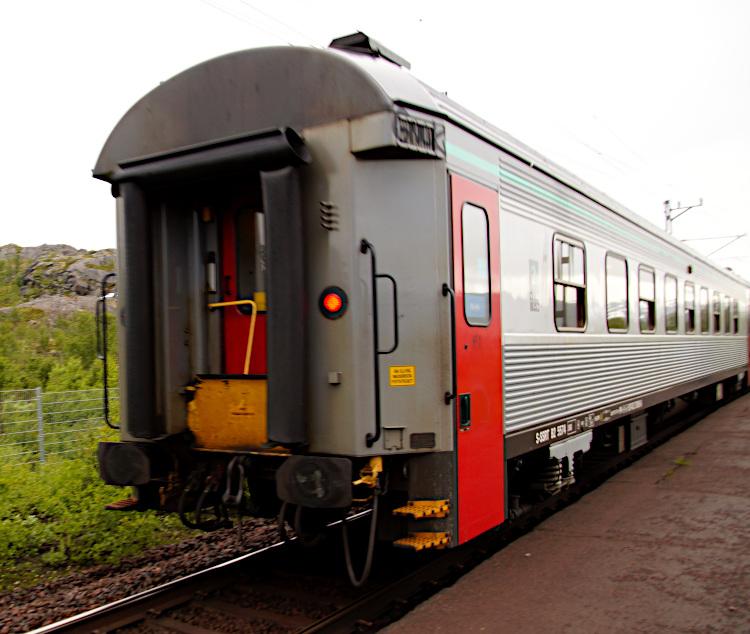Katterjåkk train