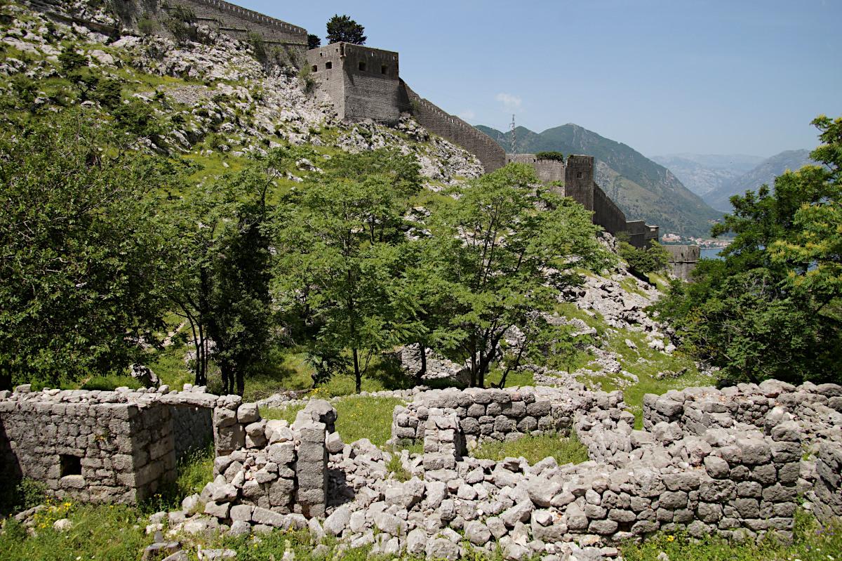 The ruins of the village of Spiljari