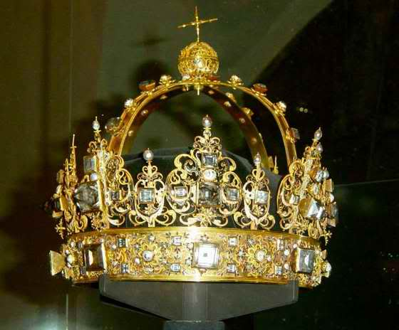 Karl IX crown