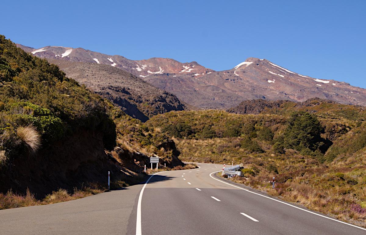 The road to Tongariro
