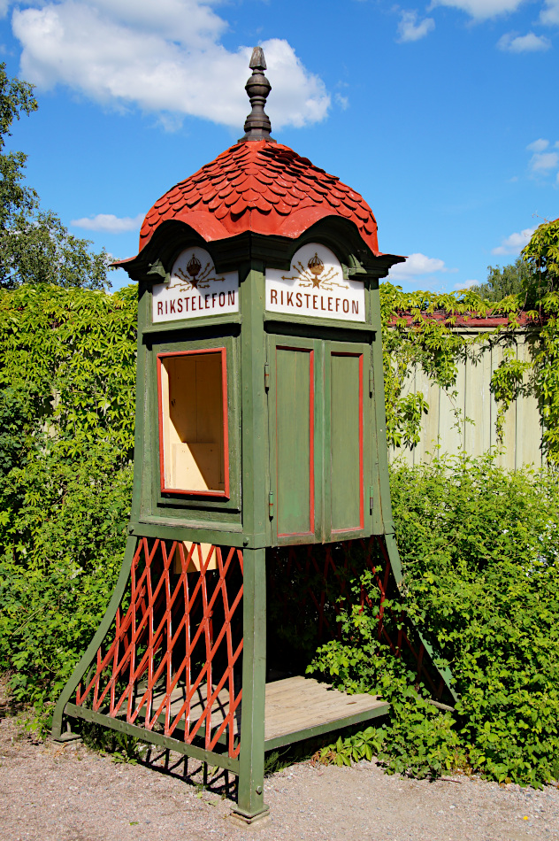 telephone box, Vallby