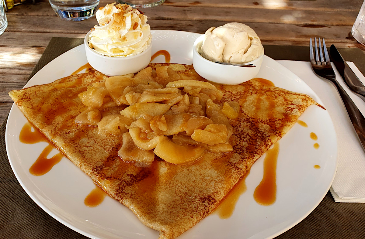 eating crepes